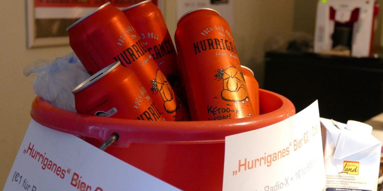 Hurriganes-olutta kirjamessuilla 2014