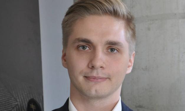 Studiovieras Aleksi Ollikainen- Read 13.6.2021